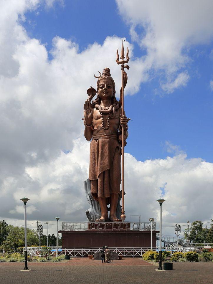 ganga_talao_shiva_monument
